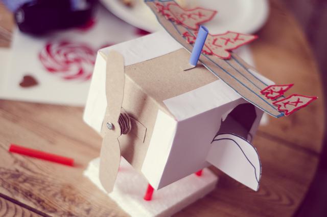 Dominyko sukurtas robotas-lėktuvas