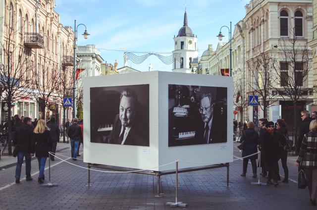 Gedimino prospekte buvo eksponuojama tėčio mokytojo, A. Aleksandravičiaus fotografijų paroda